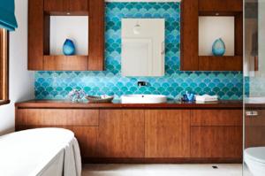 Koupelna s dekorativními obklady