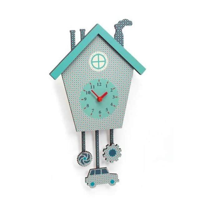 Tomovy nástěnné hodiny