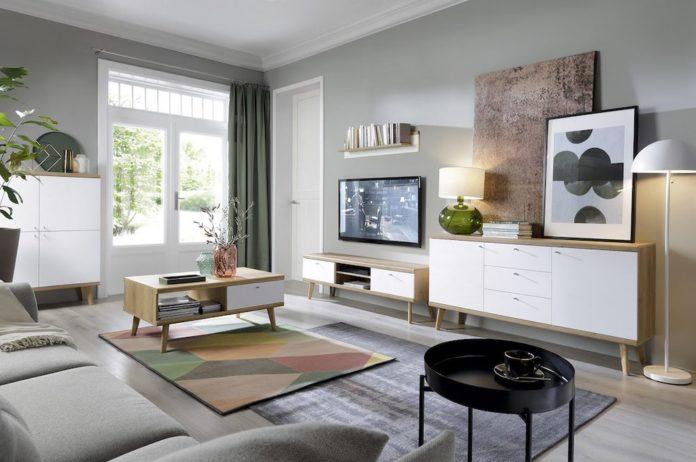 obývací pokoj s televizní stěnou